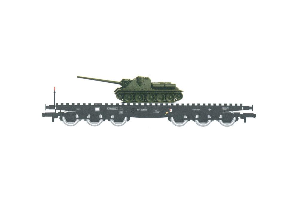 CFR - NT IISDFF flat wagon with SU-100 tank