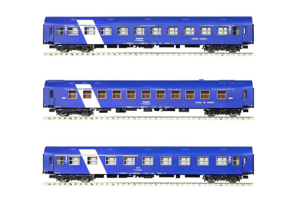 CFR - Series 59-50 / 70-50 / 39-50 passenger coaches set