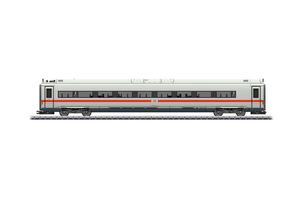 DB - Class 412 / 812 (ICE 4) w. green stripe additional coach