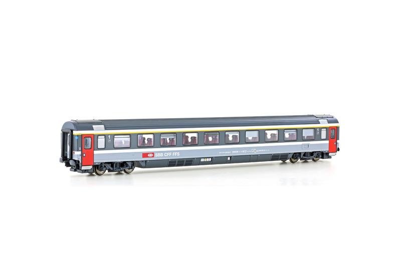 SBB CFF FFS - Apm 10-90 passenger coach
