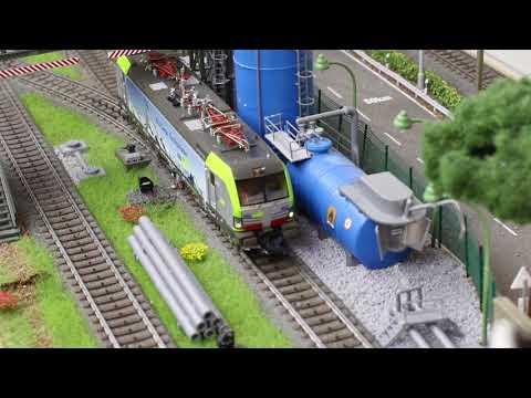 Video: Roco 79920: Electric locomotive Re 475 (BLS Cargo)