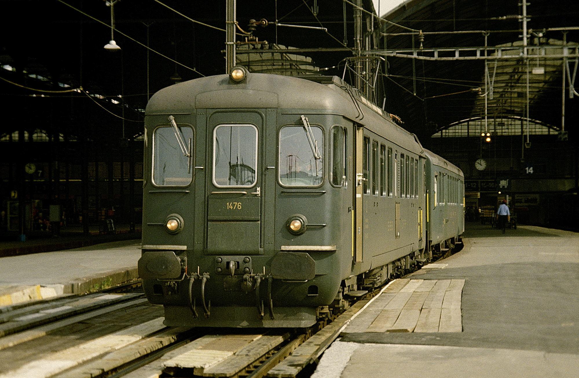 RBe 4/4 1476 in Luzern