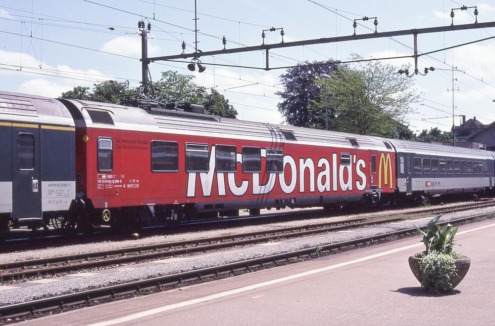 WR 88-73 750 - 751 (McDonald's)