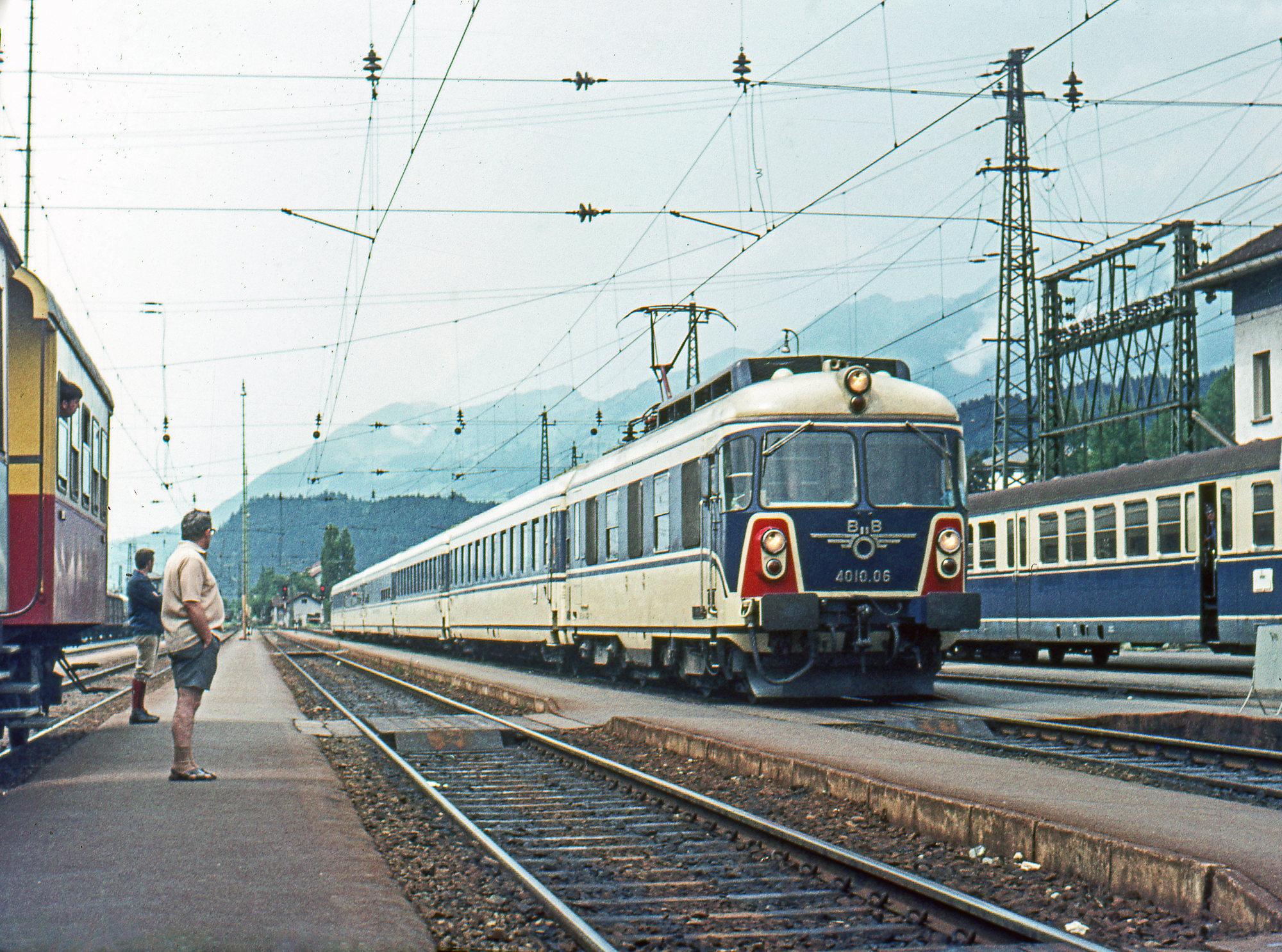 Transalpin Zürich to Wien train