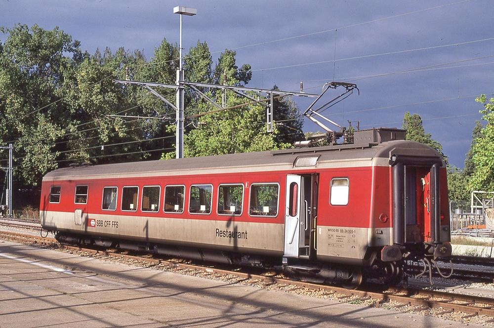 WR 88-34 000 - 005