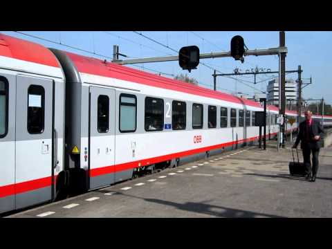 Video: NS Intercity with Austrian ÖBB coaches in Rotterdam